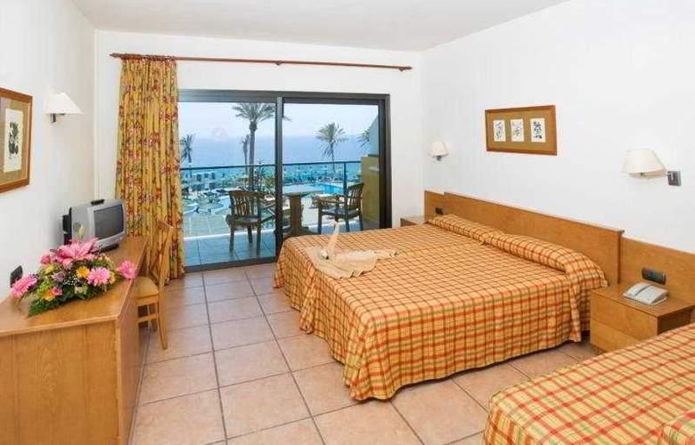 SBH Club Paraiso Playa - Room - 3