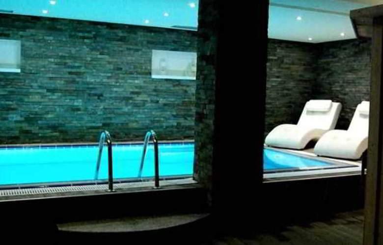 Sar'Otel Hotel & SPA - Pool - 3