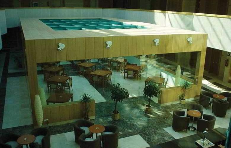 Exe Gran Hotel Almenar - Bar - 12