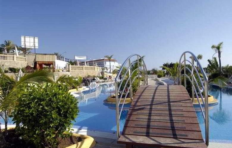 Paradise Park Fun Livestyle - Pool - 49
