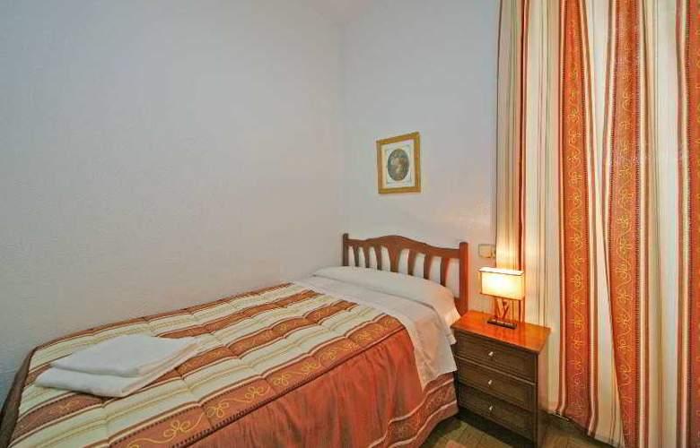 San Antonio - Room - 17
