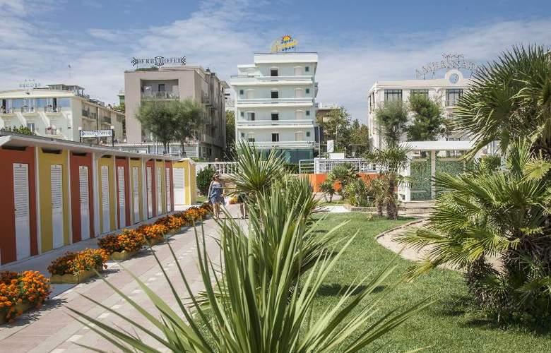 Levante - Hotel - 8