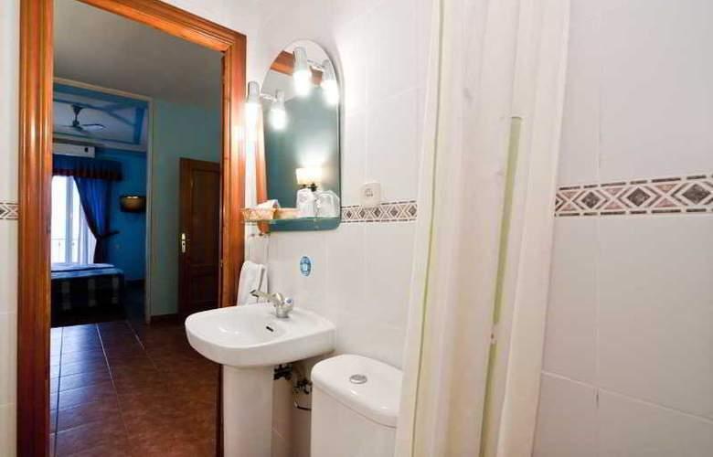 Oporto - Room - 19