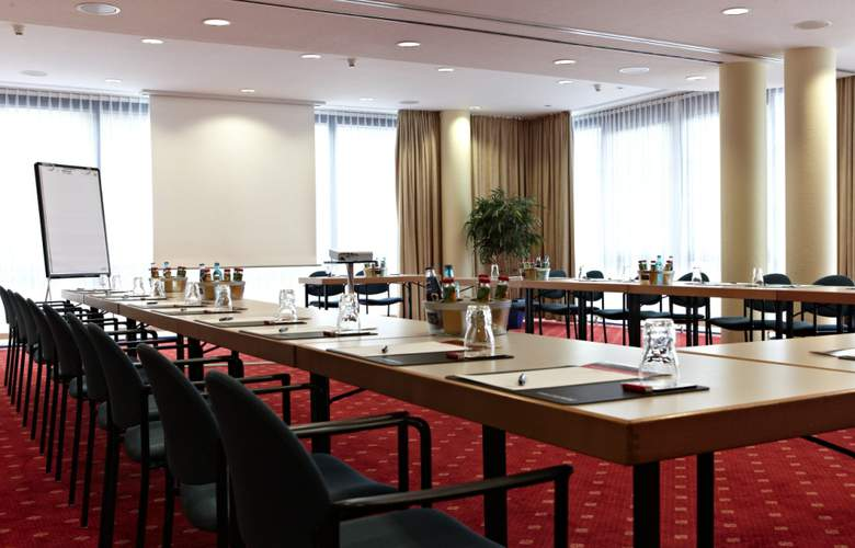 Intercity Hotel Schwerin - Conference - 3