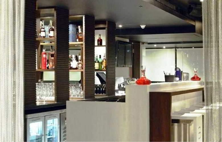 Svenska Mumbai - Bar - 2