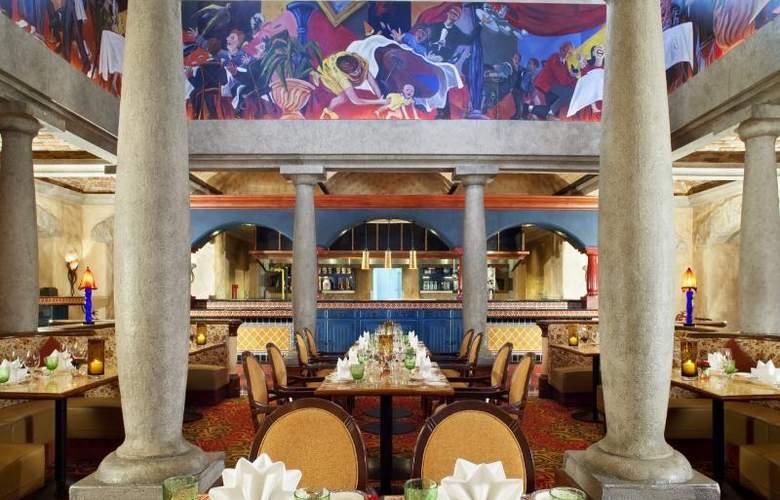 Sheraton Imperial Kuala Lumpur Hotel - Restaurant - 22