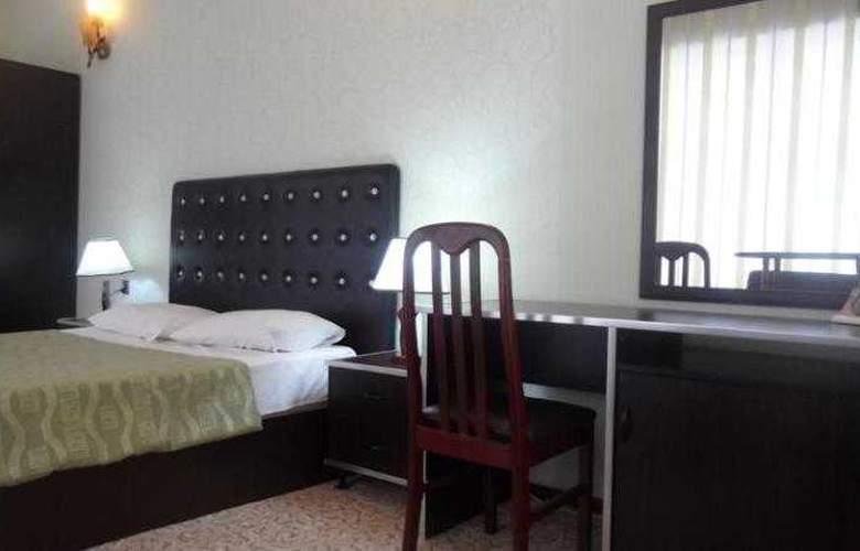 Avand Hotel Baku - Room - 16