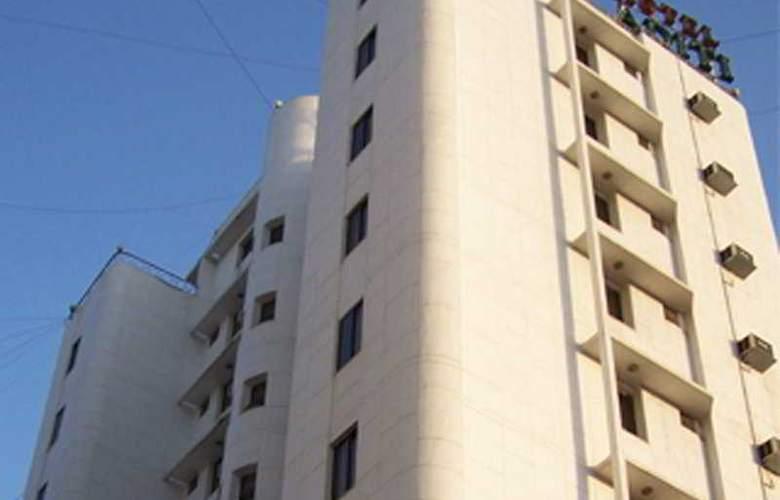 Aditi - Hotel - 0