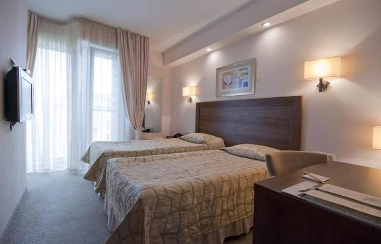 Bourgas - Room - 13