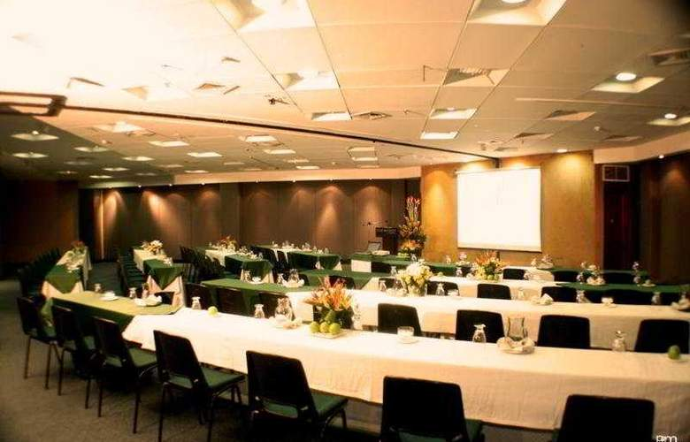 Four Points By Sheraton Medellin - Conference - 9