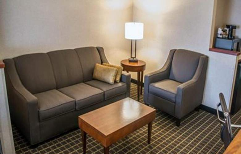 Quality Suites Southwest - Room - 13