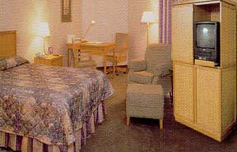 Comfort Inn Airport East - Room - 1