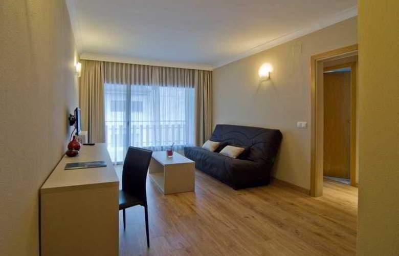 Cosmos Hotel - Room - 14
