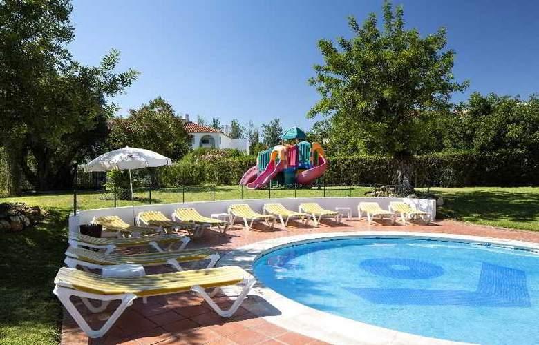 Cheerfulway Valmangude Jardim - Pool - 8