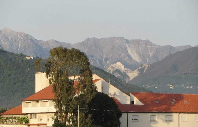 Albergo Paracucchi la Locanda Dell'Angelo - Hotel - 2
