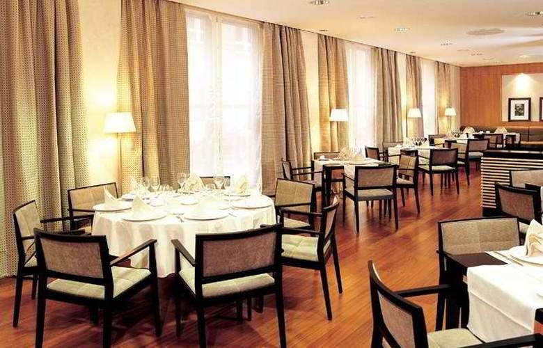 NH Ciudad de Almeria - Restaurant - 4