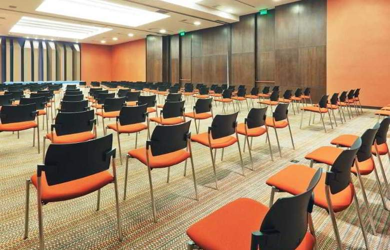 Holiday Inn Bogota Airport Hotel - Conference - 17