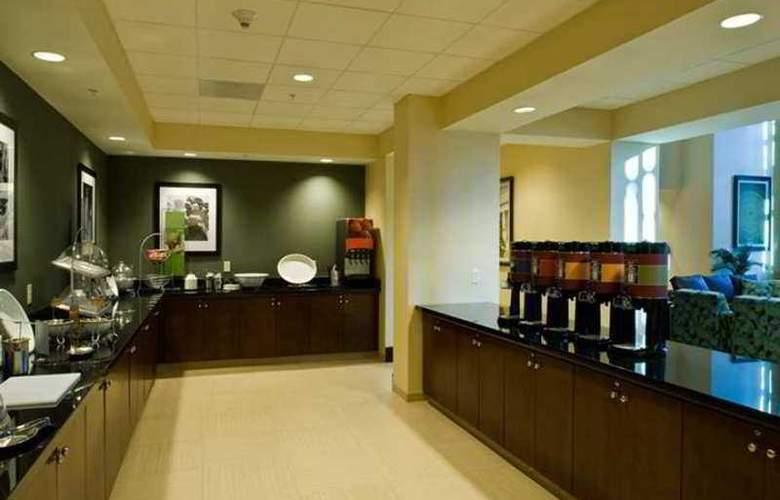 Hampton Inn & Suites National Harbor Alexandria Area - Restaurant - 18
