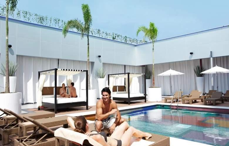 Hotel Riu Plaza Guadalajara - Pool - 19