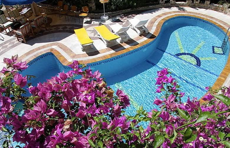 Villa Symbola - Pool - 3
