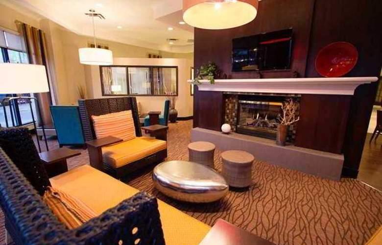 Hilton Garden Inn Saskatoon Downtown - Hotel - 0