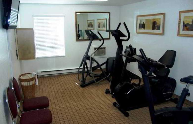 Travelodge Calgary MacLeod Trail - Sport - 4