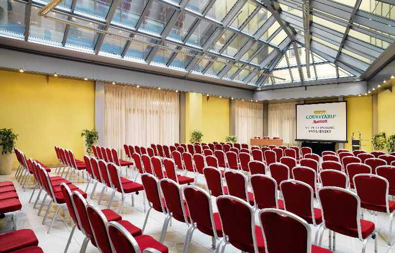 Courtyard by Marriott St. Petersburg Vasilievsky H - Conference - 4