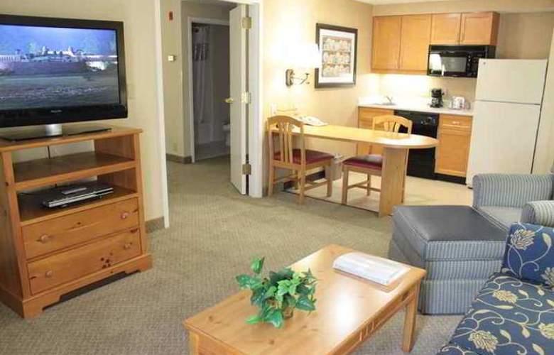 Hampton Inn & Suites Amelia Island - Hotel - 8