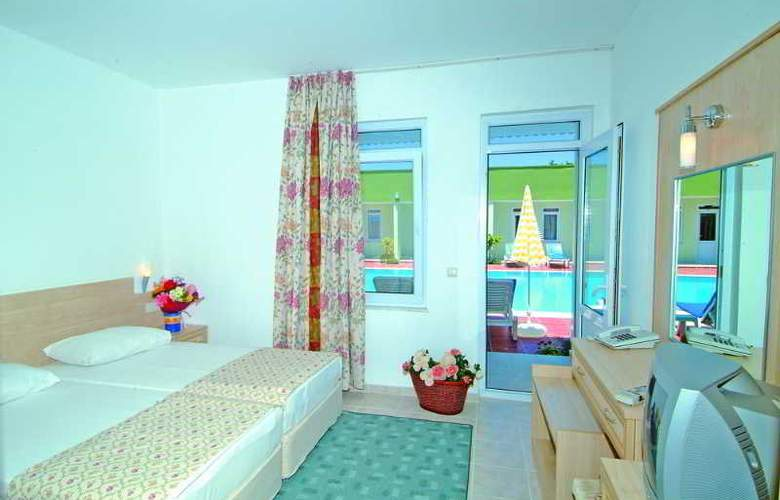 Elis Beach - Room - 3