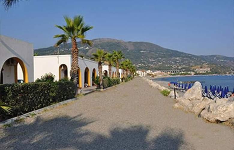 La Playa Club - Hotel - 1