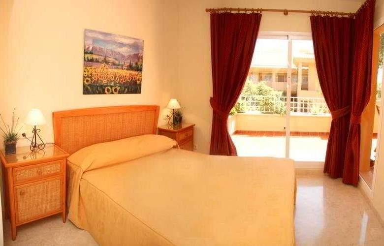 Apartamentos Jardines de Santa Maria Golf - Room - 2