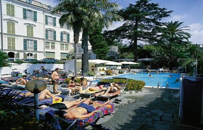 Eden - Hotel - 3