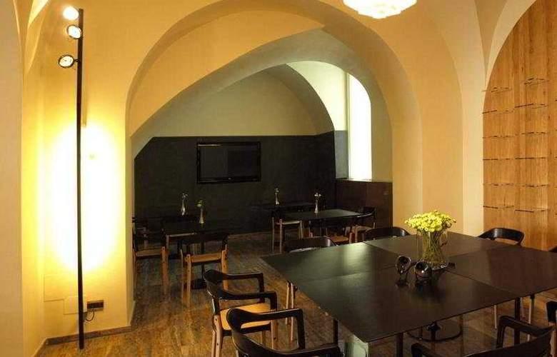 Romano House - Bar - 4