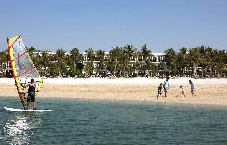 JA Palm Tree Court - Hotel - 4