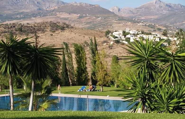 La Vinuela - Pool - 4