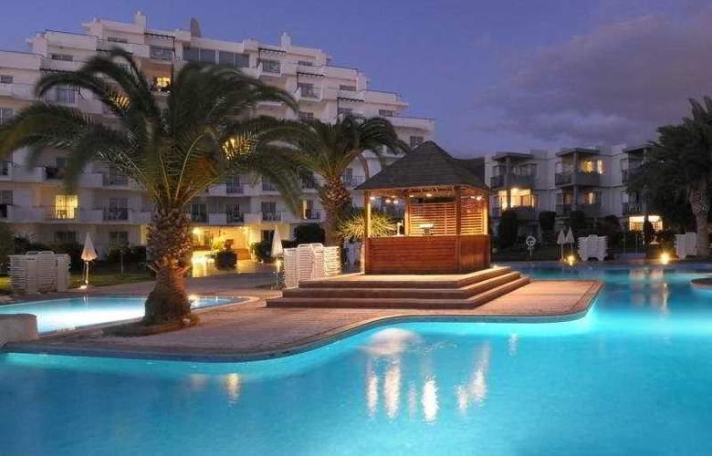 HG Tenerife Sur - Pool - 10