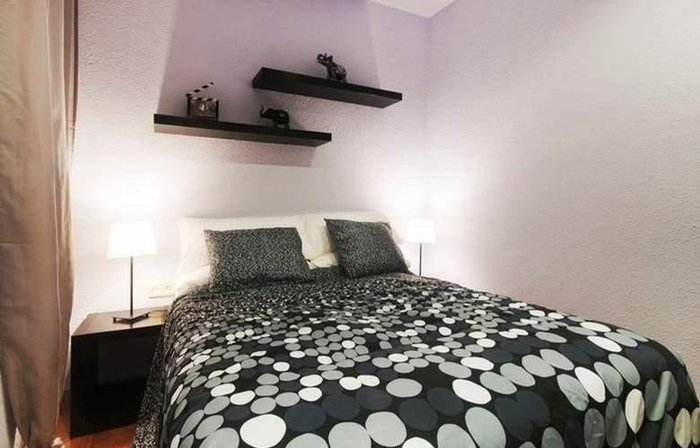 Barcelona 10 Apartments - Room - 3