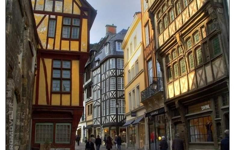 Du Vieux Marche - Hotel - 30