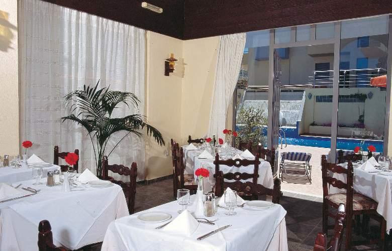 Lefkoniko Bay - Restaurant - 11