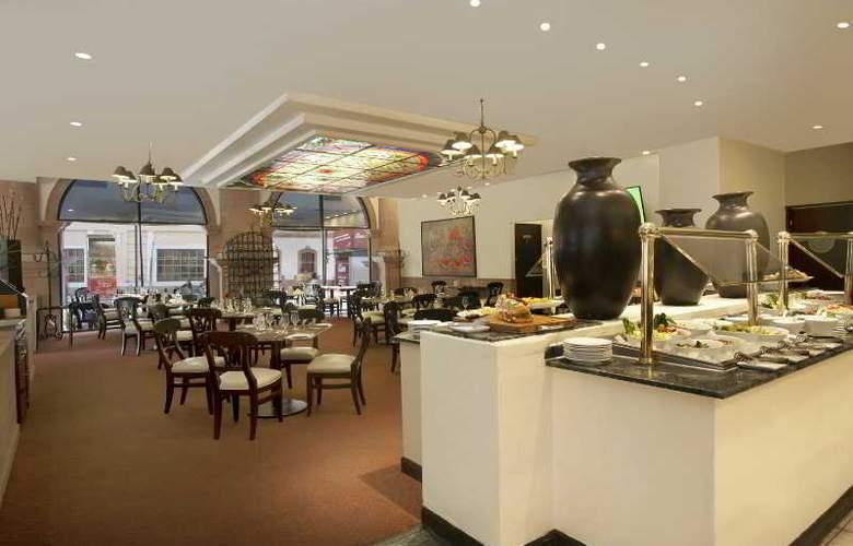 Krystal Monterrey - Restaurant - 29