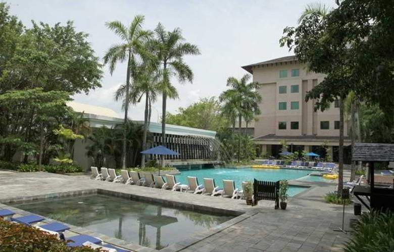 One Hotel Helang, Langkawi - Pool - 4