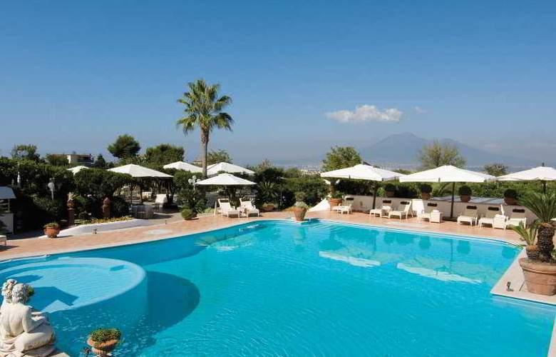La Medusa Grand Hotel - Pool - 5