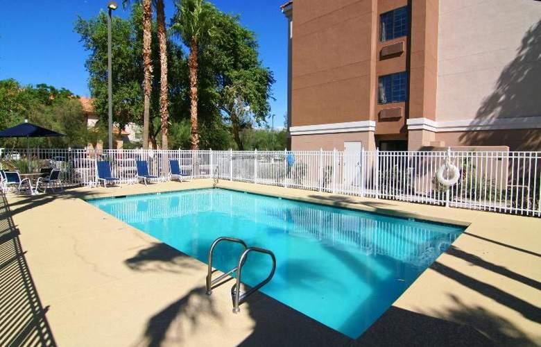 Comfort Inn Chandler - Phoenix South - Pool - 10