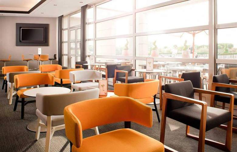 Novotel Saint Quentin Golf National - Bar - 84