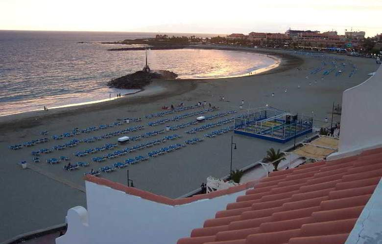 Las Fuentes - Beach - 14
