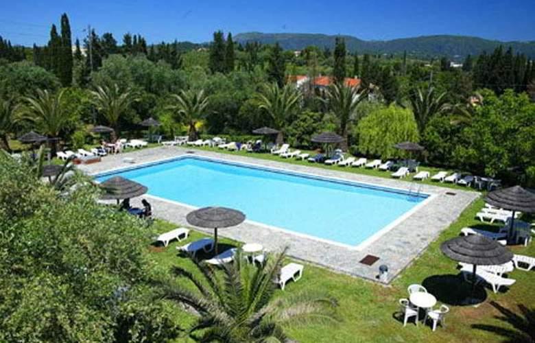 Art Hotel Debono - Pool - 2