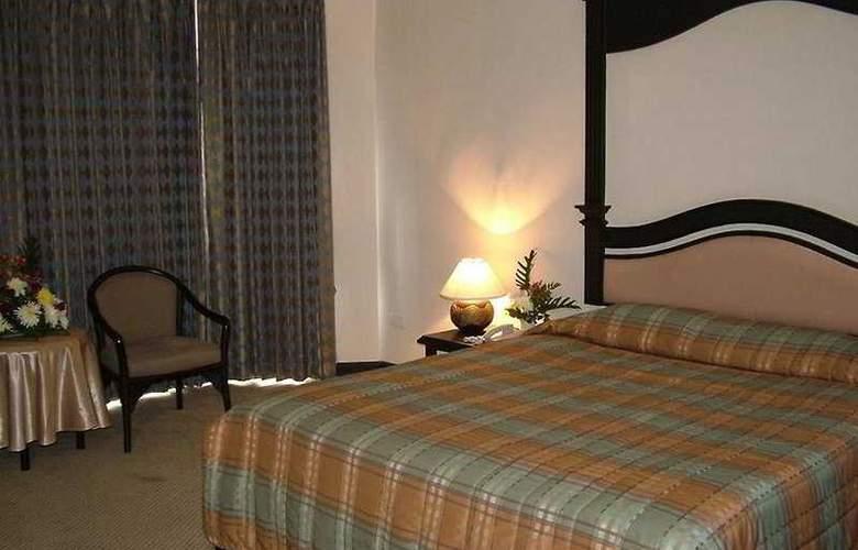 C H Hotel Chiang Mai - Room - 5