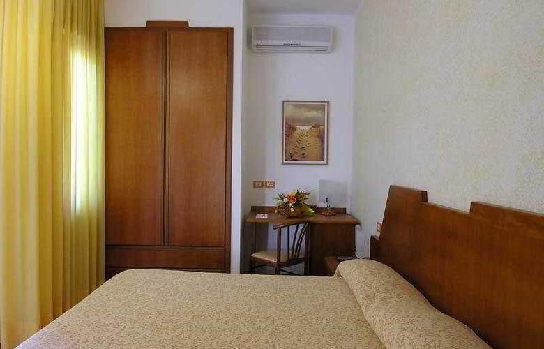 Hotel Residence San Pietro - Room - 6