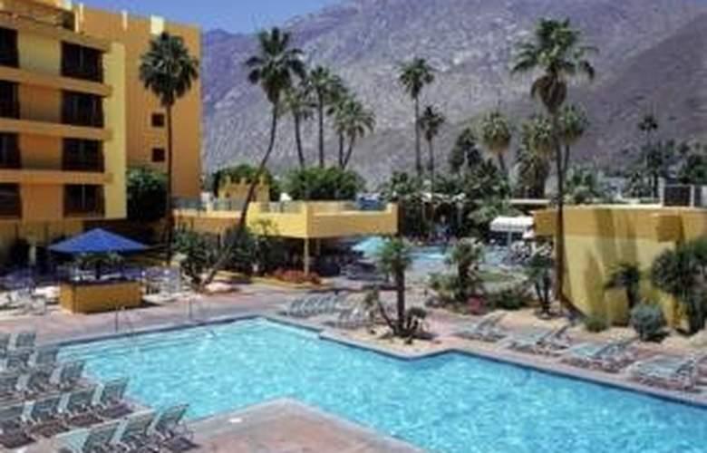 Spa Resort Casino - Pool - 3