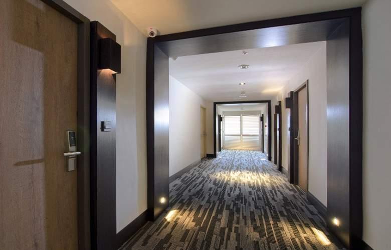 53 Hotel - General - 1